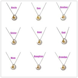 Wholesale 2016 Fashion I Love You to the Moon and Back Necklace Moon Heart Pendant Mum Dad Sis Bro Uncle Aunt Grandapa Grandma Jewel