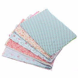 Wholesale 10Pcs Beautiful DIY Bundle Mixed Craft Cotton Fabric cm Material Scraps Offcuts Bag Used For Sewing Decorate