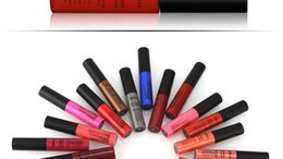 Wholesale lip glossy coloration hours long lasting waterproff lip gloss natural lip gloss