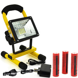 Wholesale 15W LED Spotlights Work Lights Outdoor Camping Lights Built in Rechargeable Lithium Batteries Special SOS Modes Portable led flood light