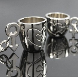 Wholesale anchor cup metal lover keychain