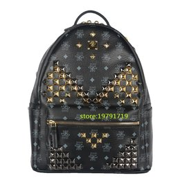 2016 Ladies Backpacks Designer Genuine Leather Backpacks Luxury Handbags Women Fashion School Bags Rivet Backpack Style Totes Sale