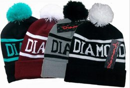 Wholesale Diamond Supply Co World Beanie With Pom Beanies Hip Hop Snapback Women Hats Custom Knitted Wool Caps with Ball Snapbacks Men Hat Cap