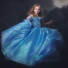 Compra Online Cenicienta niños vestido del partido-2016 del traje de Halloween del arco azul Nueva Cospaly bebés Cenicienta princesa palacio equipo del partido del vestido de la muchacha linda de los niños vestidos de bola
