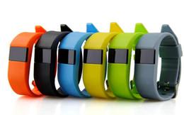 Le sport pc à vendre-1 pcs JW86 bracelets à puce sans fil Bluetooth 4.0 Santé Sport bracelet à puce montre intelligente fréquence cardiaque podomètre pour ios android bateau libre