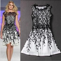 Wholesale Women s dress summer dresses Lace stitching leaf print sleeveless T shirt fashion skirt Mini vintage skirts Wedding plus size dresses A11