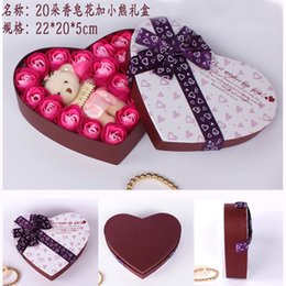 Wholesale Bath Body Heart Rose Petal Body Scented Floral Soap With Little Bear Valentine s Day Gift YC2057