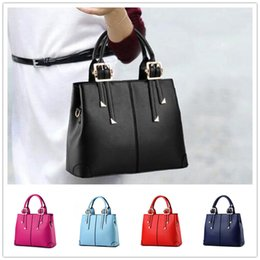 Brand new styling temperament elegant atmosphere fashion women zipper shoulder bag Messenger BAG59