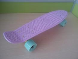 Wholesale 22 inch Good quality Pastel Color Fish Skateboard single rocker longboard mini cruiser Penny Style skate board