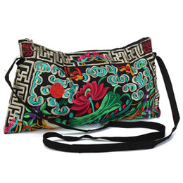 Wholesale-Handbag Fashion Personality Vintage Style Delicate Handmade Embroidered Bags Double Face Embroidery Shoulder Messenger Bag