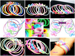 Hotsale 50pcs lotMixed color Silicone RubberElastic Wristband Bracelet Hairband for Girls Women Jewelry with night light features