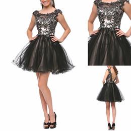 Promotion robe de conception de cristal courte 2017 nouveau design cristal robes de perles appliques de cocktail 2016 mancherons dos ouvert une ligne courte tulle mini robes de bal sur mesure