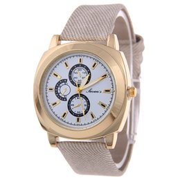New Arrival Fashion Woman Watch Round Dial Quartz Wrist Watch for Woman Casual Pointer Style PU Leather Band Analog Sport Watch