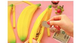 Wholesale 1Pcs Cute Unisex Men Women Girls Novelty Silicone Portable Banana Coin Pencil Pen Case Purse Bag Case Wallet Pouch Key ring WA0118