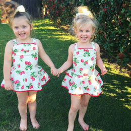 Sweet Girl Strawberry Suspender Dress 2016 New Summer Baby Girls 100% Cotton Princess Dresses With Shorts One-Piece Infant Baby Skirts
