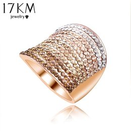 Wholesale-Christmas Gift Gradient Austrian Crystal Engagement Rings Promise Ring 18K Rose Gold Plated Charm Jewelry Ring aneis CS12