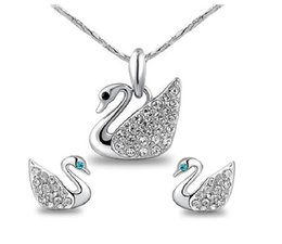 Fashion Crystal Swan Necklace Earrings Jewelry Sets For Women Best Gift Trend Alloy Necklaces Pendants Jewelry 10pcs min order G200-73
