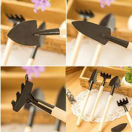 Wholesale esstional Mini Multi function gardening tools Small shovel rake shovel Hot Sale Garden Tools Gardening Supplies