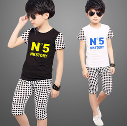 Boy summer suit children short sleeve t-shirt two sets of 2016 new children's letters + numbers of girls burst models 100-150