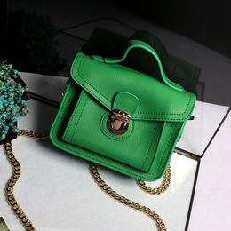Wholesale WB067 west new fashion design women genuine lambskin leather lock flap crossbody bag shoulder mini handbag