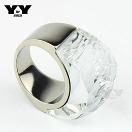 2016 Newest fashion Exaggerated Big crystal Rings in clear white color hand made polishing luxury 100% 316L Stainless steel ring for women