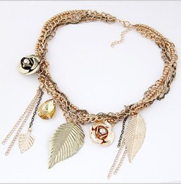 New leaves flowers charm necklace chain all-match flower fringed leaves clavicle short necklace accessories female temperament
