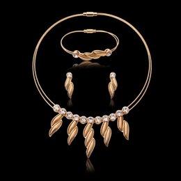 Popular jewelry gift sets of high-grade alloy steel leaf jewelry bracelet necklace earrings three-piece
