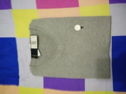 Wholesale New Men Casual Sweaters Pullovers Cotton Fashion Brand V Neck Sleeveless Sweater Vests Color Size S XXXL