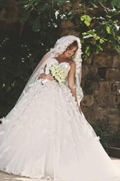 2016 Luxury Wedding Dresses Arabia Middle Esta With Handmade Flower Pearls Back Corset Ball Gown Bridal Gowns Vestidos De Noiva