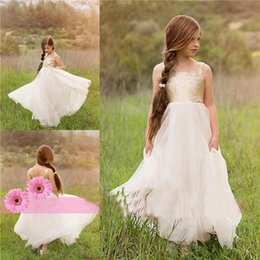 Wholesale 2016 New Lovely Girls Beauty Flower Girls Dresses For Baby Kids Teens Cheap Ivory and Gold Sequin Bohemian Garden Tutu Wedding Party Gowns