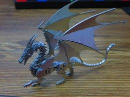 Wholesale EDC Gear DZ Stainless Steel Wire Cutting Dragon Warcraft Models Desktop Decoration Pocket Tool