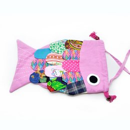 Wholesale Fish shape bag Causal backpack looks like a fish highly cute and special and