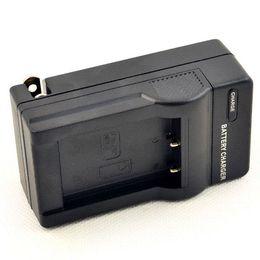 DSTE DC122 Cargador de pared para NP-170 FUJI NP-85 Batería SL300 SL305 SL245 SL240 SL260 SL1000 HDV-CX1800E Cámara réflex digital HDR-3700E desde baterías de la cámara digital de fuji fabricantes
