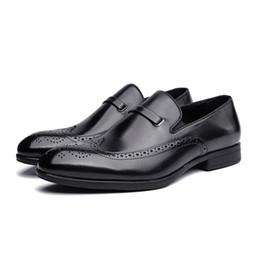 Rouges à semelles chaussures habillées à vendre-2016 en cuir véritable Chaussures Nouvelles ventes Trendy Hommes Hot Confortable mariage Chaussures noir et caoutchouc rouge vin Robe Sole
