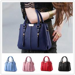 Brand new female bag tide cool demeanor atmospheric fashion women handbags Shoulder Messenger Handbag BAG98