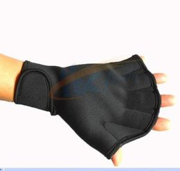 Wholesale Winter swimming gloves wrist super play all super bomb warm wear warm diving winter swimming diving equipment