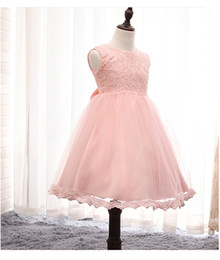 Fashion girls lace pompon Dresses Children Summer Ball Gown Elegant Baby Princess Dress Kids Pretty Party bow gown flower girls 800028