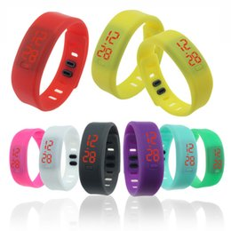 Wholesale LED silicone gift watch company advertising promotional jelly silicone bracelet table