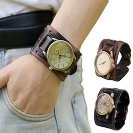Wholesale Newly Design Style Men Watch Retro Punk Rock Brown Black Big Size Wide Leather Bracelet Cuff Wristwatches