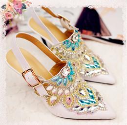 Boda de la sandalia del tacón alto cm en venta-Blanco Rhinestone zapatos de tacón alto de la boda de los zapatos 9,5 cm de tacón alto señaló dedo del pie de goma Sole Cowskin zapatos nupciales Partido Prom zapatos mujer sandalias