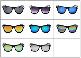 Wholesale Summer Womens Mens Couple Sunglasses Cool Flash Mirror Glass Beach Sports Sunglass for Travel Europe and America Tide nm5