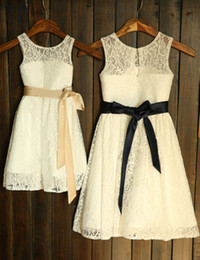 Wholesale New Lace Flower Girl Dresses A Line Long Wedding Modern Sash Lovely Hot Sale Custom Made Vestido de Festa See Through Best F001