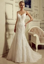 Wholesale Girl Antique Bridal Gowns Mermaid Long V neck Spaghetti Straps Lace Wedding Gowns With Cape Vestidos De Novia