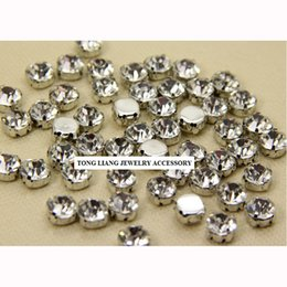 Wholesale Fashion Glass Jewelry Making Supplies Round High Shining Silver Plating Loose Casing with Point Back Clear Rhinestone Glass Loose Beads