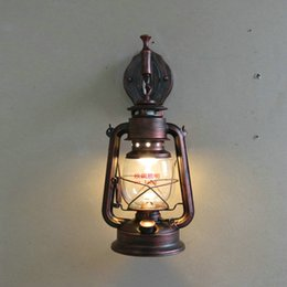Wholesale Fashion antique Wall lights wrought iron vintage lantern kerosene lamp wall lamp lamps
