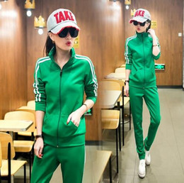 Wholesale Brand New Female Sport Suit Set Print Striped Women Tracksuits Sport Suits Piece Long Sleeve Casual Set Green Sportwear Set