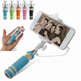 Mini S3 Selfie Stick Wired Groove Monopod Built-in Shutter Extendable Selfie Stick For iPhone Samsung Any Phones Camera with retail pacakge