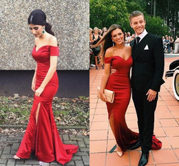 Sexy Mermaid Off-the-Shoulder Front Split Prom Dresses New Couple Fashion Burgundy Satin Sweep Train Formal Dresses