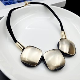Fashion Cream-coloured Square Pendant Necklaces Drop Charms New Jewelry Products Chunky style chain Bib statement necklace