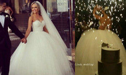 New White Tulle and Lace Princess Wedding Dresses Vintage Ball Gown Long Dream Formal Bridal Party Gowns